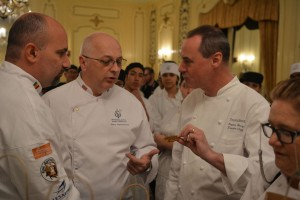 Stephen Henry, the Executive Chef of the Palmer House discovers the thyme cracker made by Haif Hakim from Senegal.