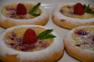 Brioche Suisse, filled with a cream and raspberries